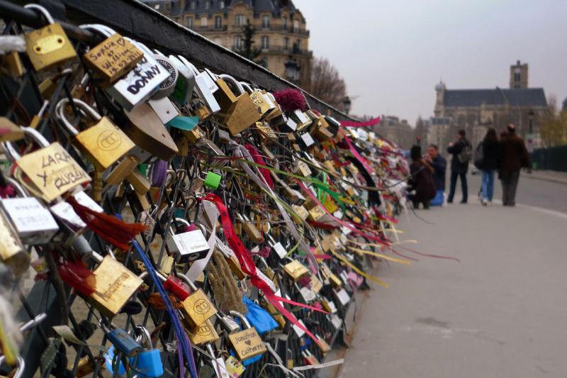 Tons of loving locks