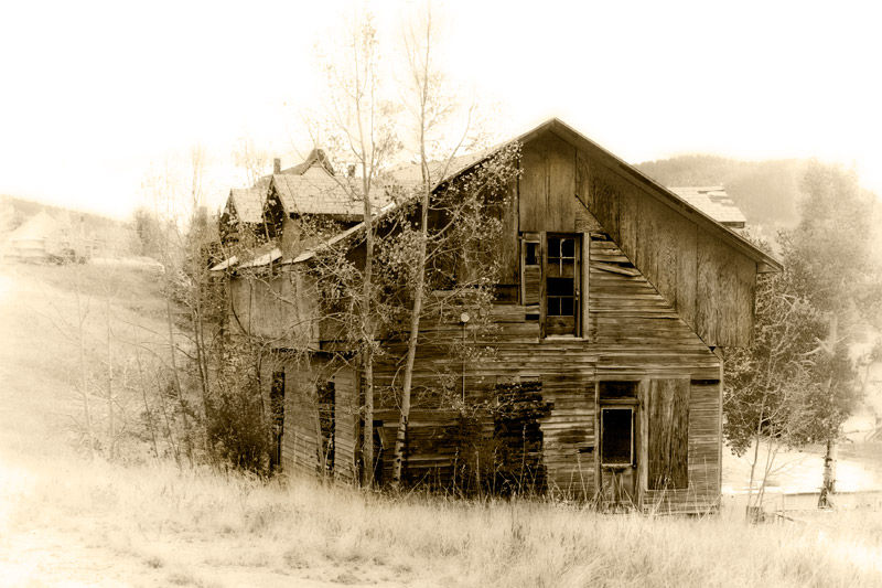 Deserted house in Victor Co. by BlindPoet
