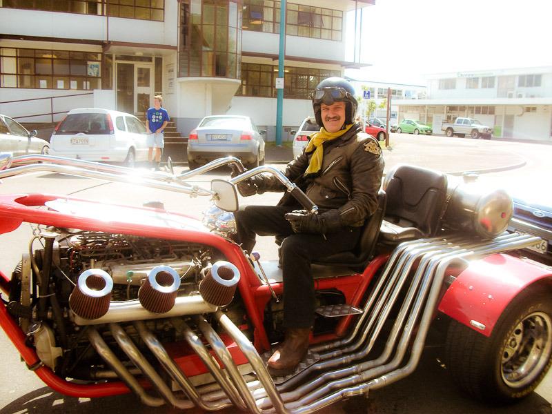 V12 Trike photographed by BlindPoet