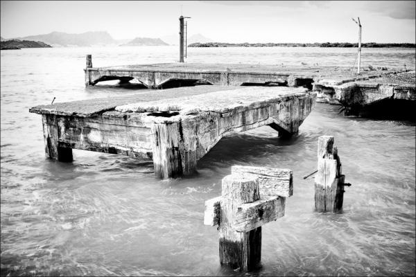 Lime Stone Island Wharfe