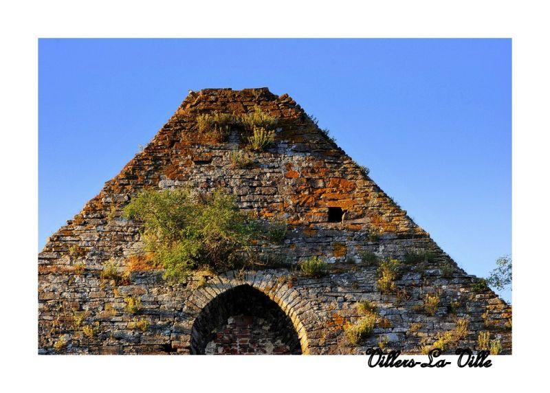 Les ruines de l'Abbaye...(1)