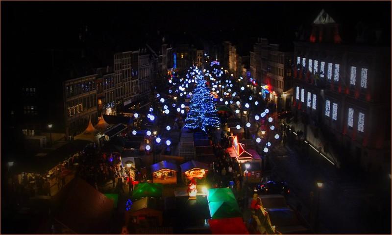 Liège by night...