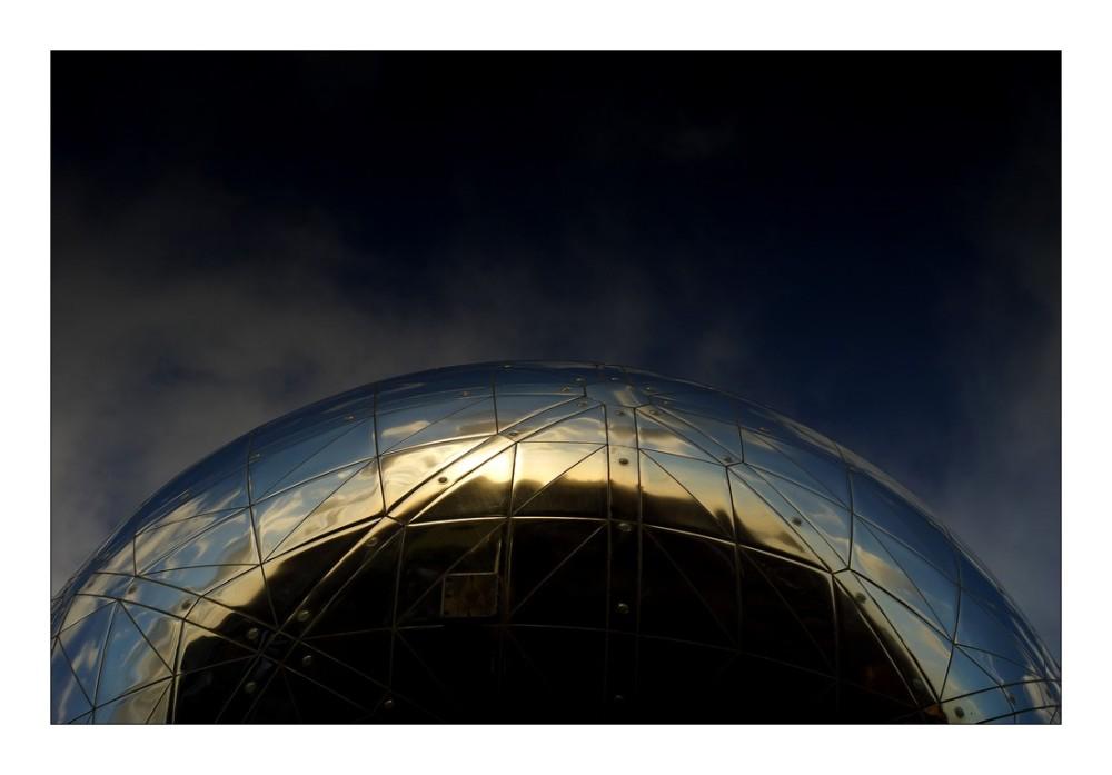 Sous l'Atomium (5)