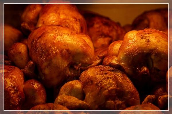 Les poulets...rotis.