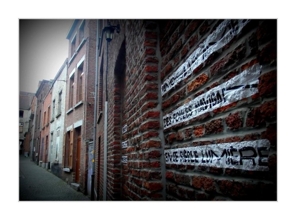 Des murs pour les mots...