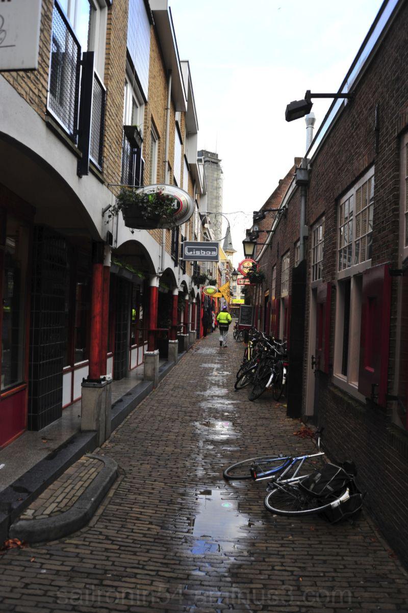 Side street, Utrecht