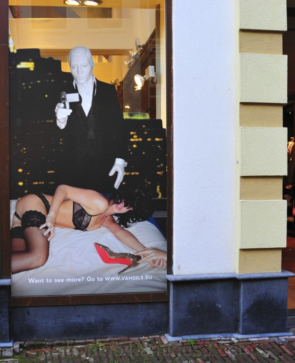 window display Utrecht fashion erotic