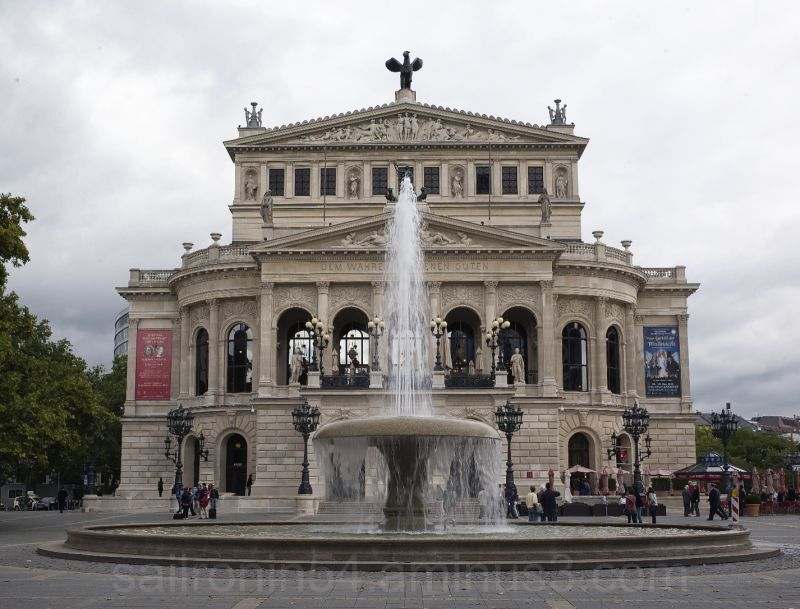 Frankfurt Opera house and fountain