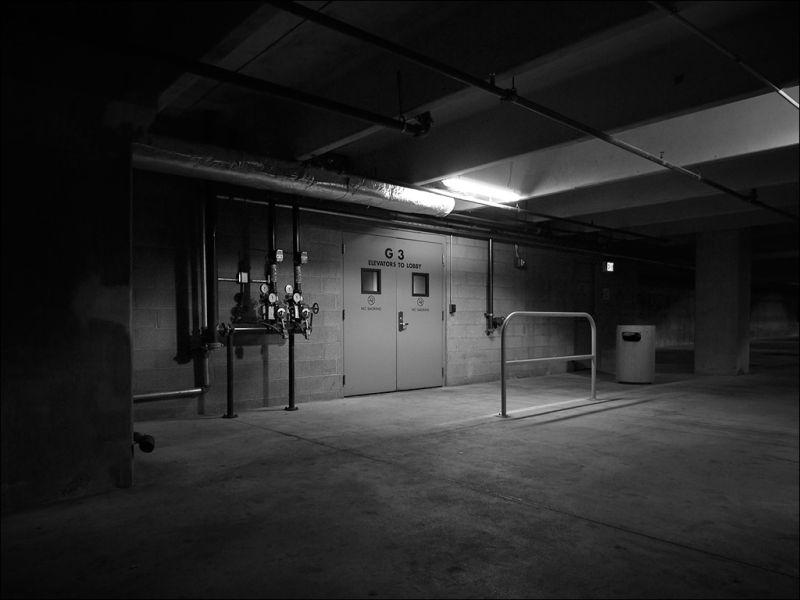 Elevators to Lobby