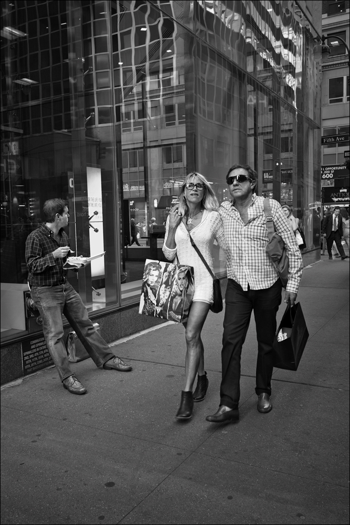 Fifth Avenue shoppers