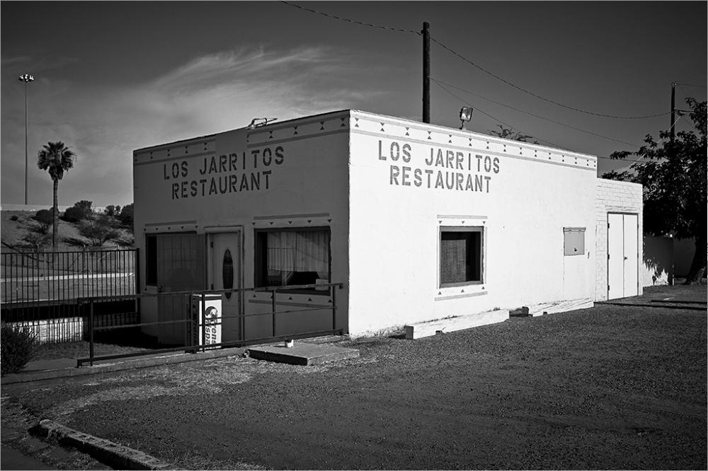 Los Jarritos Restaurant