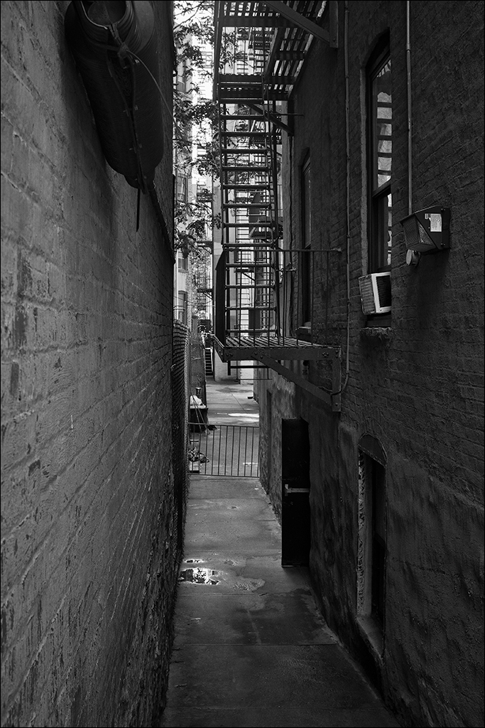 NYC alley