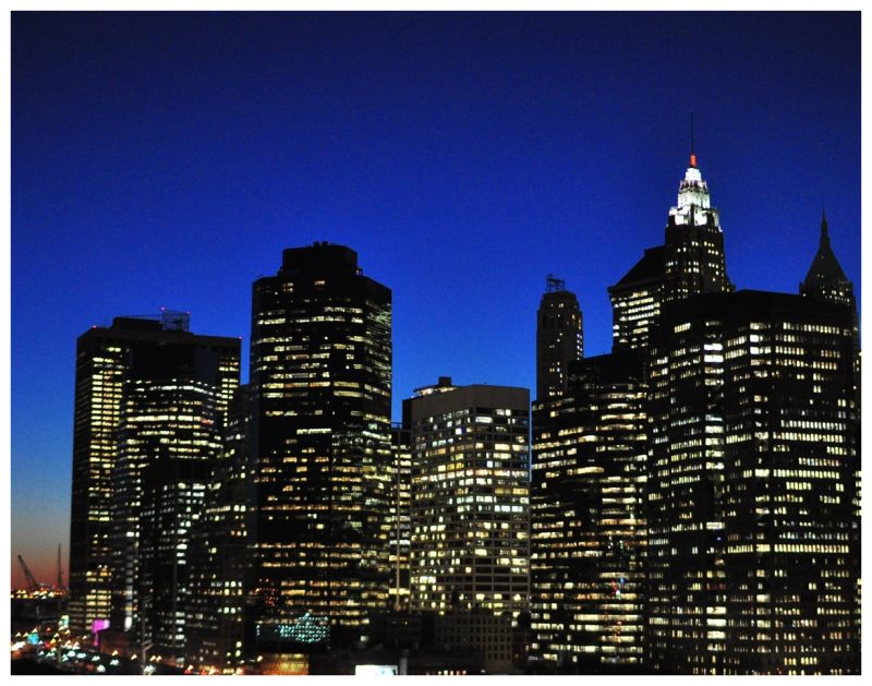 Picture of Lower Manhattan from the Brooklyn Bridg