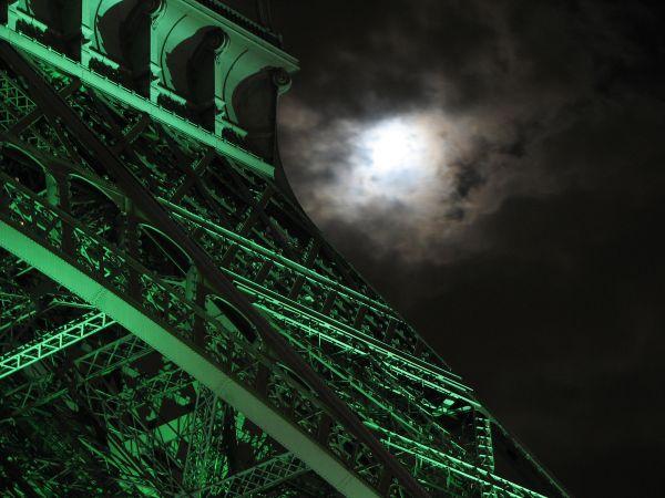 Eiffel Tower night lit illuminated green moon 2007
