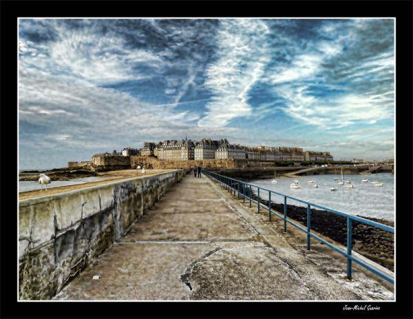 Saint Malo Bretagne Topaz Adjust
