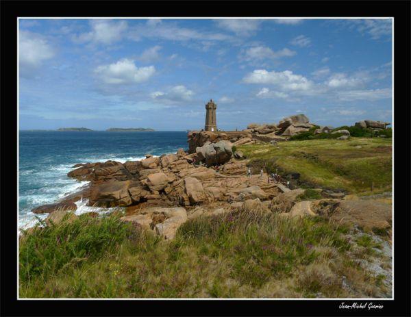 Cote granit rose bretagne france mer sea phare