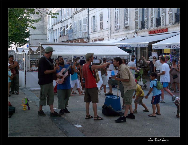 La Rochelle groupe chanteurs ambulants