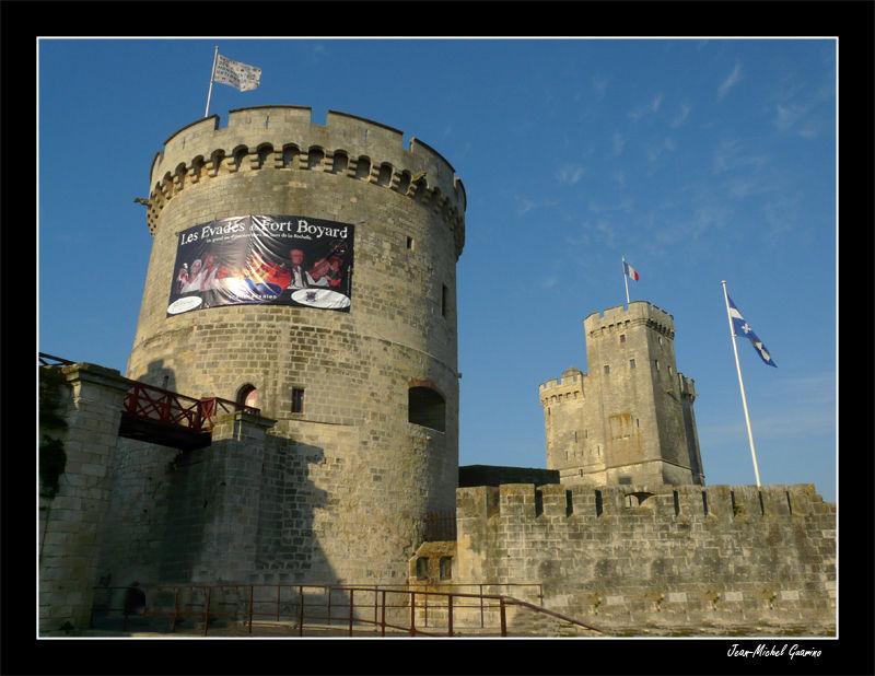 La Rochelle Tour entree vieux port