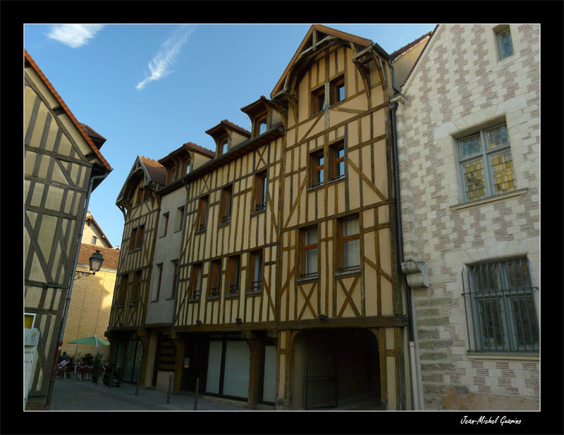 Troyes France maisons pans bois