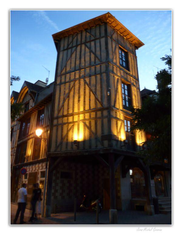 Troyes France Photo de nuit