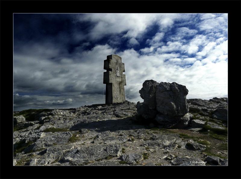 Cap de la Chevre Finistere Bretagne monument