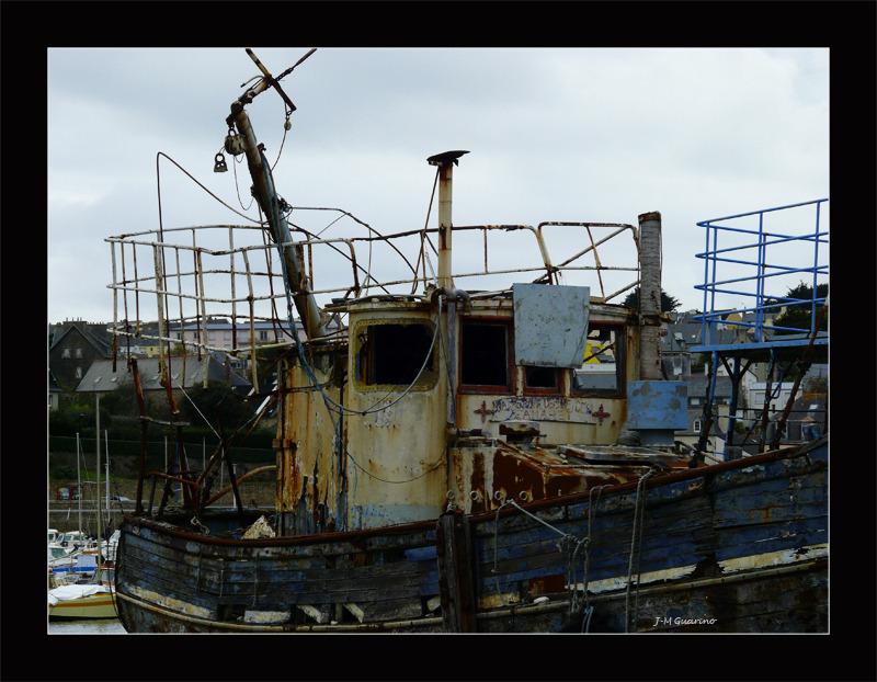 Camaret sur mer Finistere Bretagne cimetiere batea