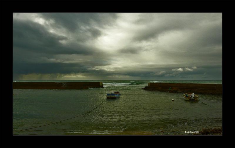 Audierne Finistere Bretagne barque mer