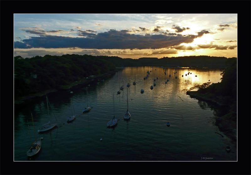 Le Bono Gof Morbihan voiliers couche soleil