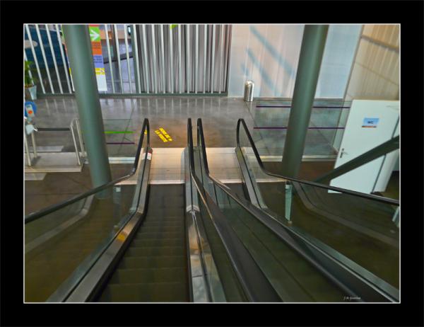 Escalators cite de la voile