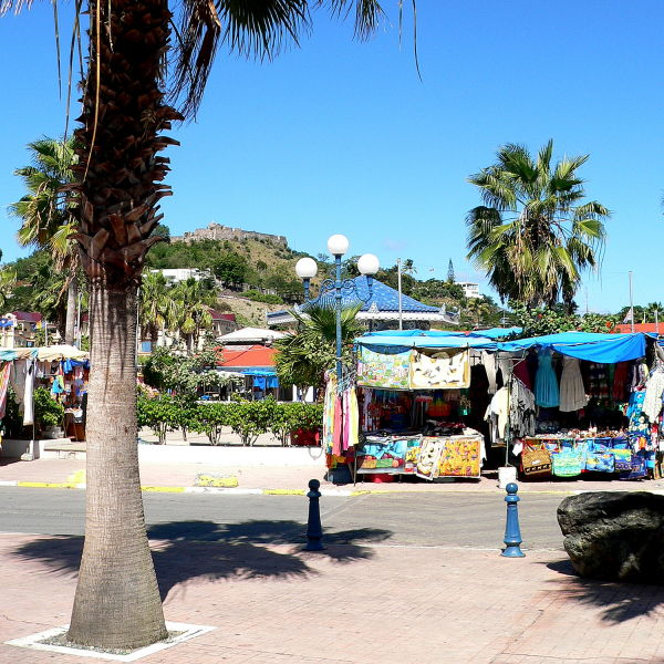 marigot market and fort st.louis