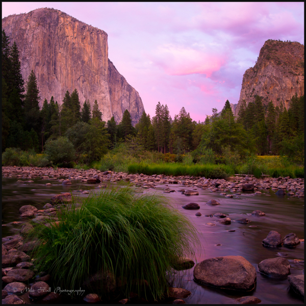Alpenglow on El Capitan in Yosemite National Park