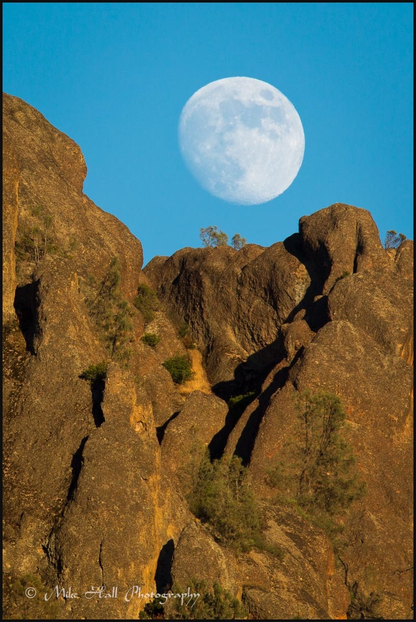 Moonrise over the High Peaks in Pinnacles Nat Park
