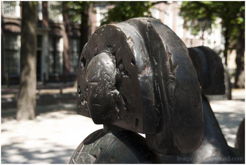 Manolo Valdés, Statues