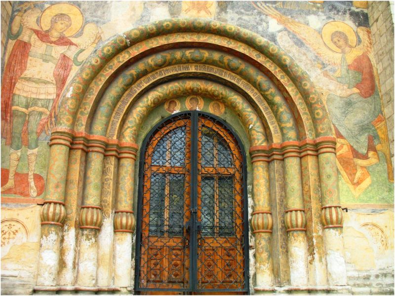 Door to the church - Moscow, Russia