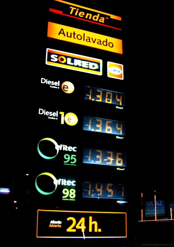 Illuminated sign of fuel prices in Spain.