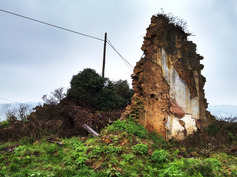 A crumbling house