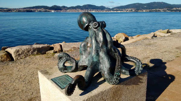 Metal sculpture from a octopus