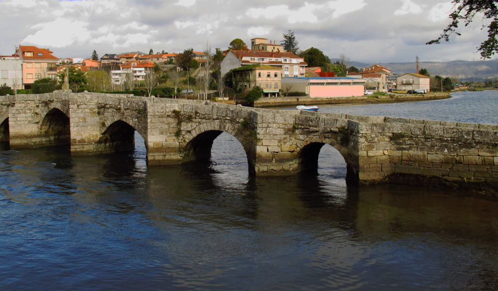 Romanesque bridge