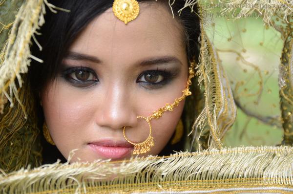 Myra Emira