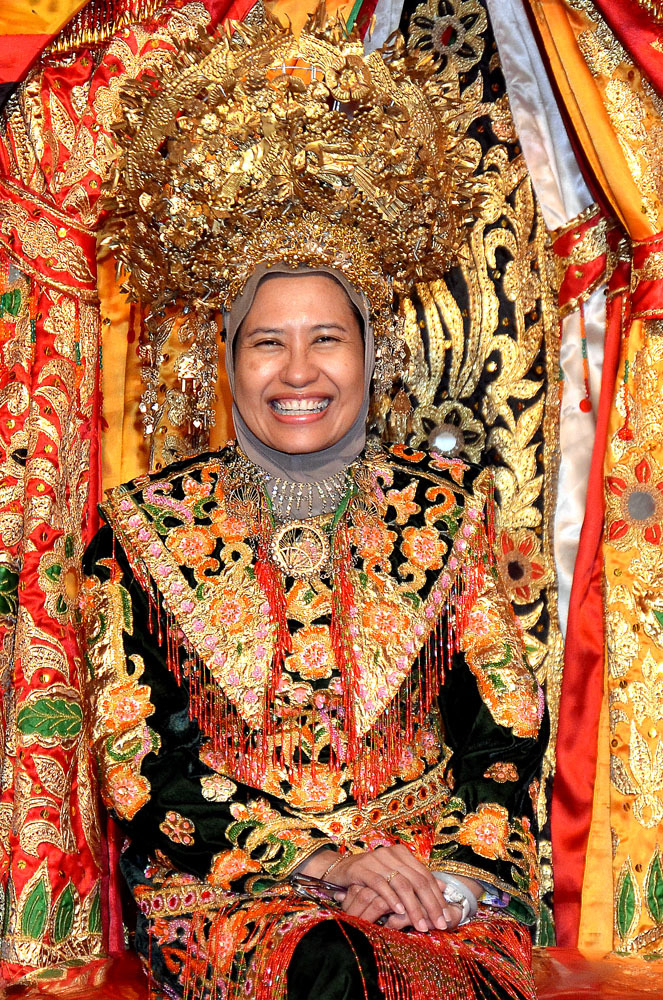 Minangkabau dress
