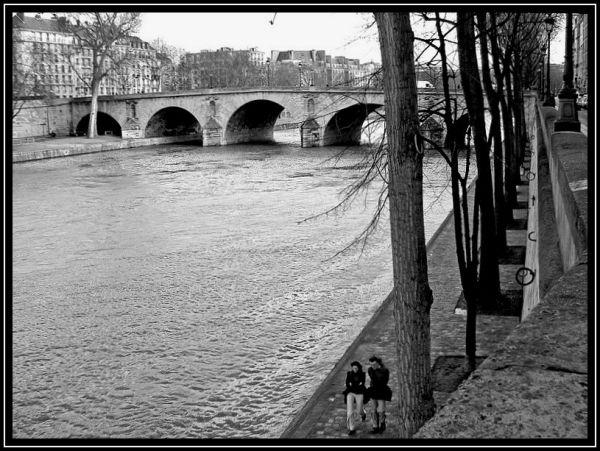A nous deux,  Paris