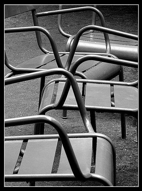 Les chaises abandonnées...