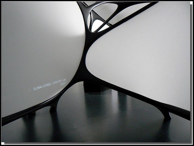 """""""Zaha Hadid, une architecture"""""""