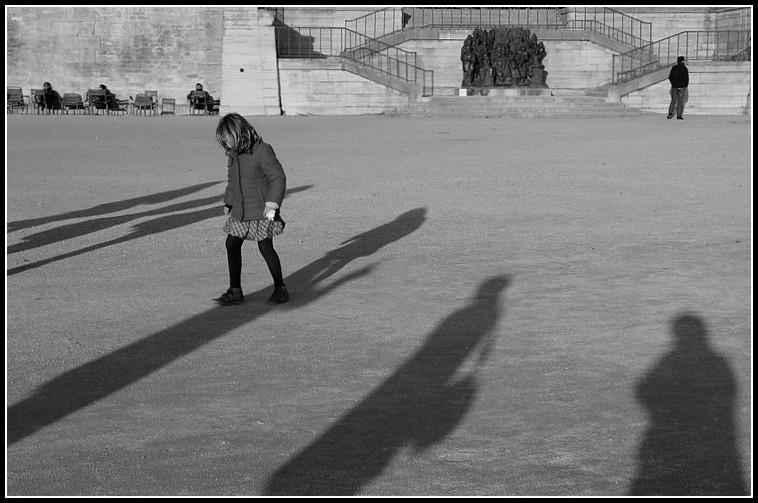 Dans l'ombre des grands
