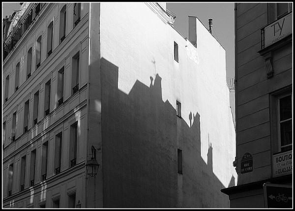 L'ombre de la ville