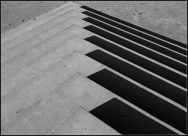 escalier ombre lumière