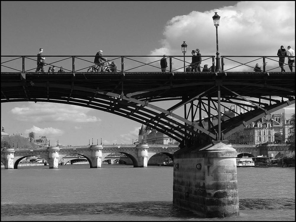 D'un pont à l'autre