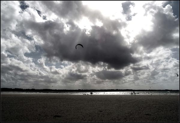 Contre - jour, vent et marée