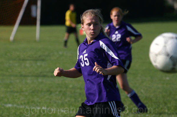 female woman soccer player