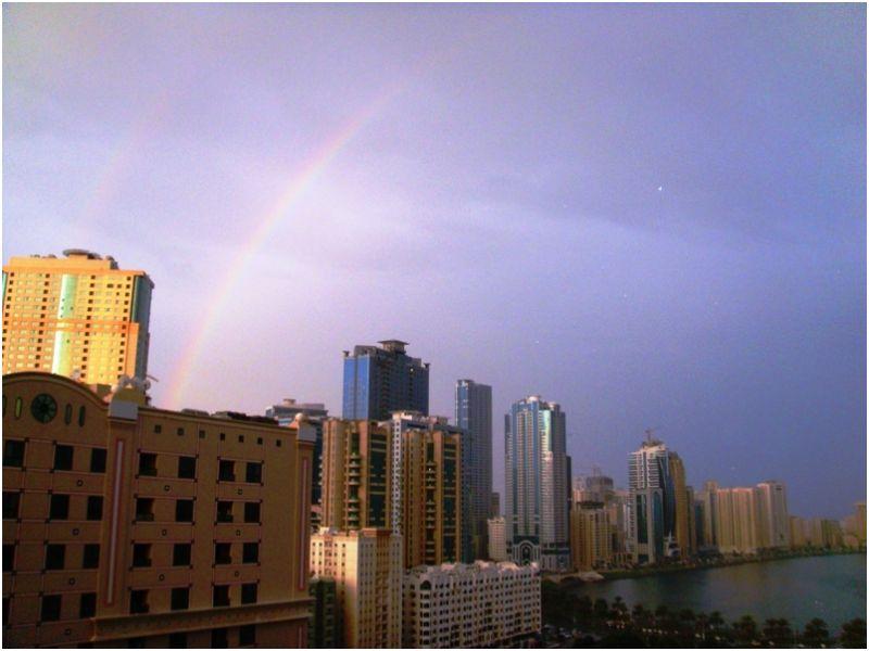 2009 12 25 Rainbow over Buhairah Corniche
